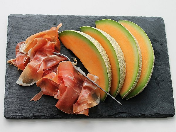 New twists on melon and ham at your home in La Manga Club