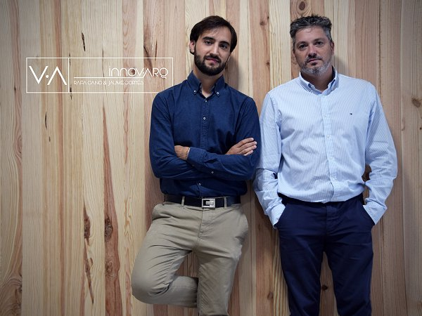 Jaume Cortés and Rafa Cano from Innov · arq on work from home