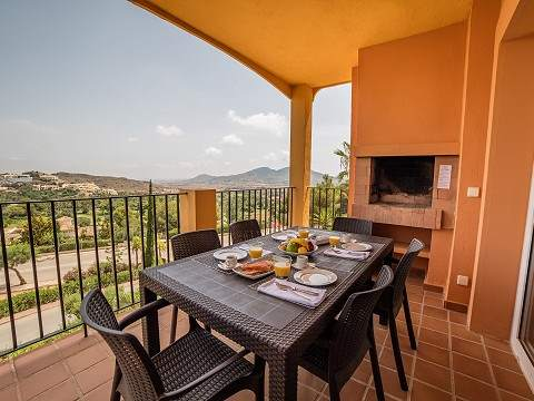 Buy-to-let apartment in La Manga Club Golf Resort